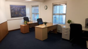 4 person furnished office